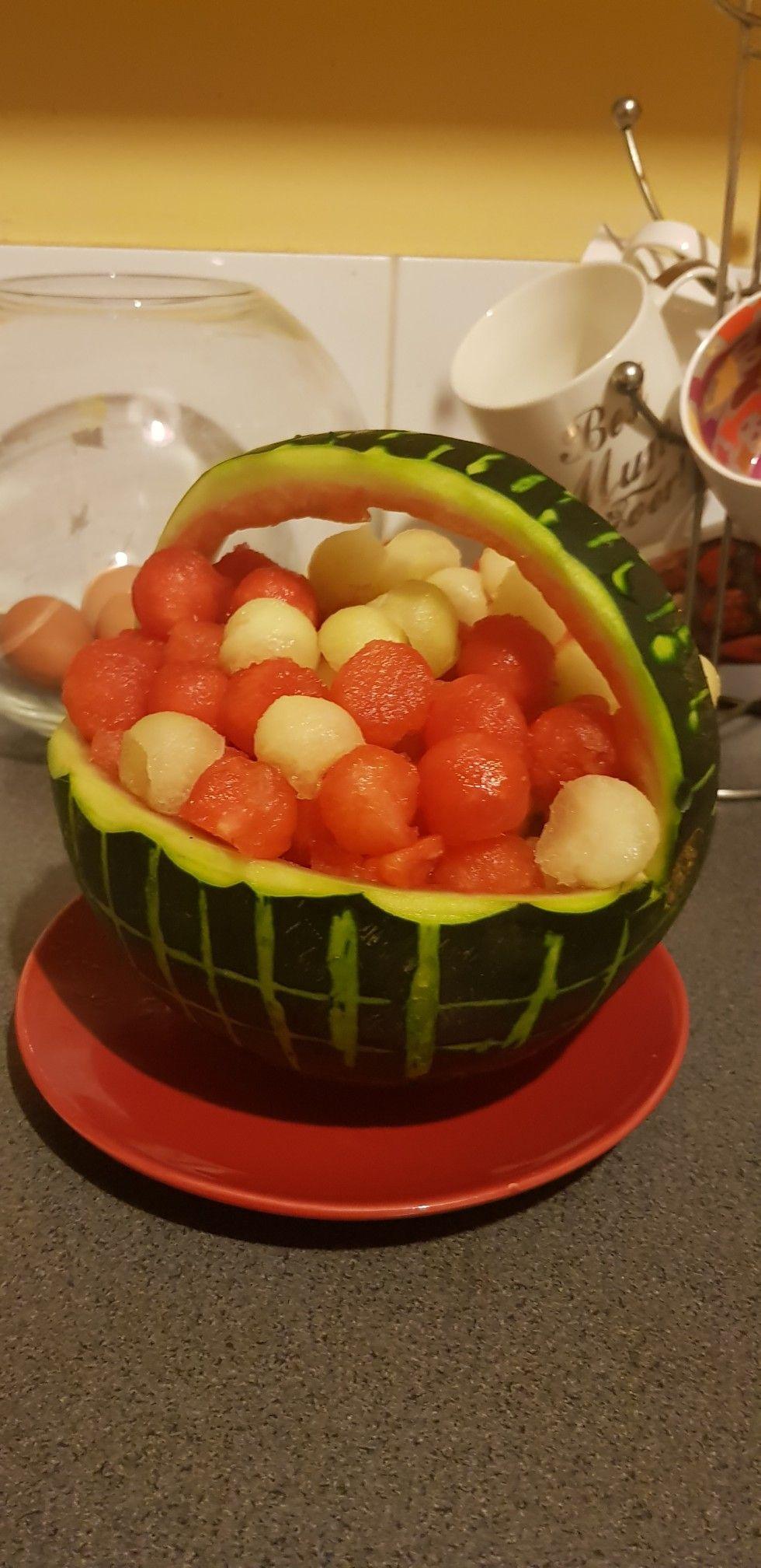 Ma Urodziny Syneczkaarbuz Z Melonem Dekoracje Z Jedzenia