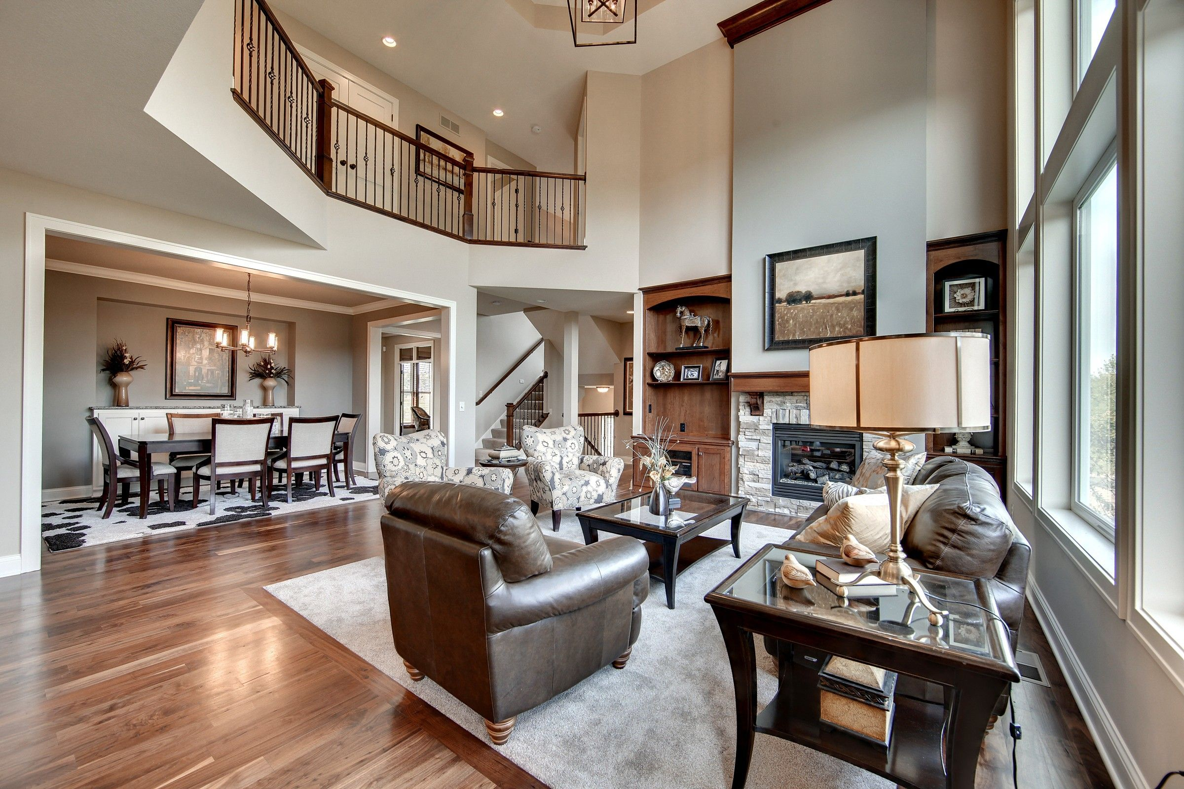 Craftsman With Amazing Great Room 73330HS