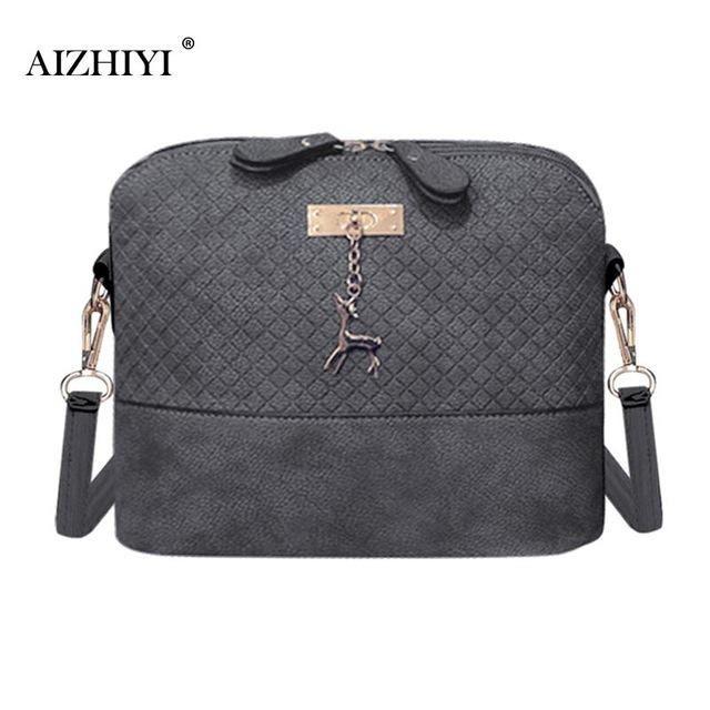 de653f464e Women Messenger Bags Fashion Bag With Hardware Deer Toy Vintage Small Shell  Shape Leather Handbag Women Shoulder Crossbody Bags