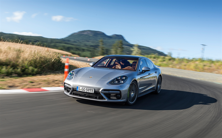 Lataa kuva Porsche Panamera, Turbo S E-Hybrid, 2018, 4k, hybridi, hopea Panamera, uusia autoja, Saksan autoja, Porsche