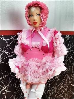 Very Cute And Pink Sissy Julia Doll Ready To Be Taken For A Walk Through The Park