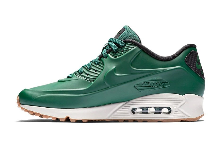 c7d64a4e16f5 forest green nike shoes