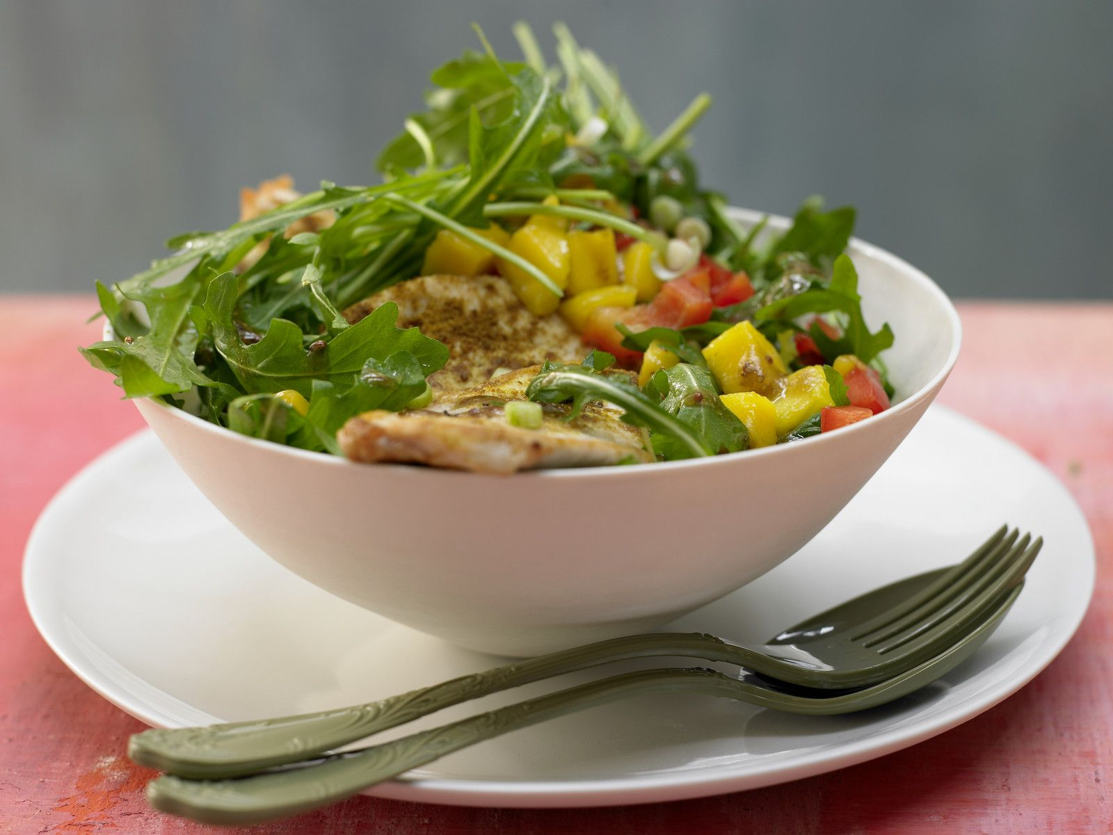 Leckere salate mit rucola