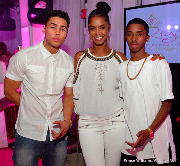 Kim Porter With Her Sons Quincy Brown Christian Combs Quincy Brown Black Celebrities Famous Kids