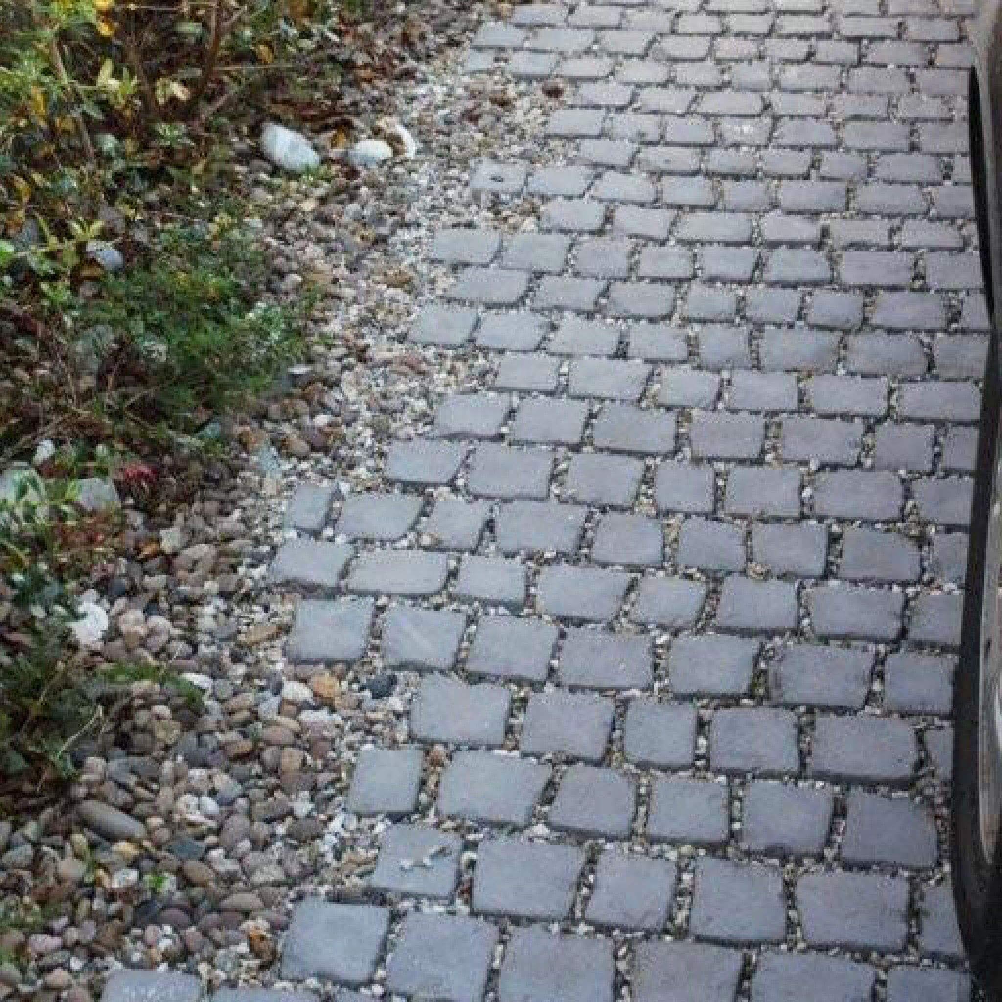 stoneflairbradstone, carpet stones charcoal cobble straight