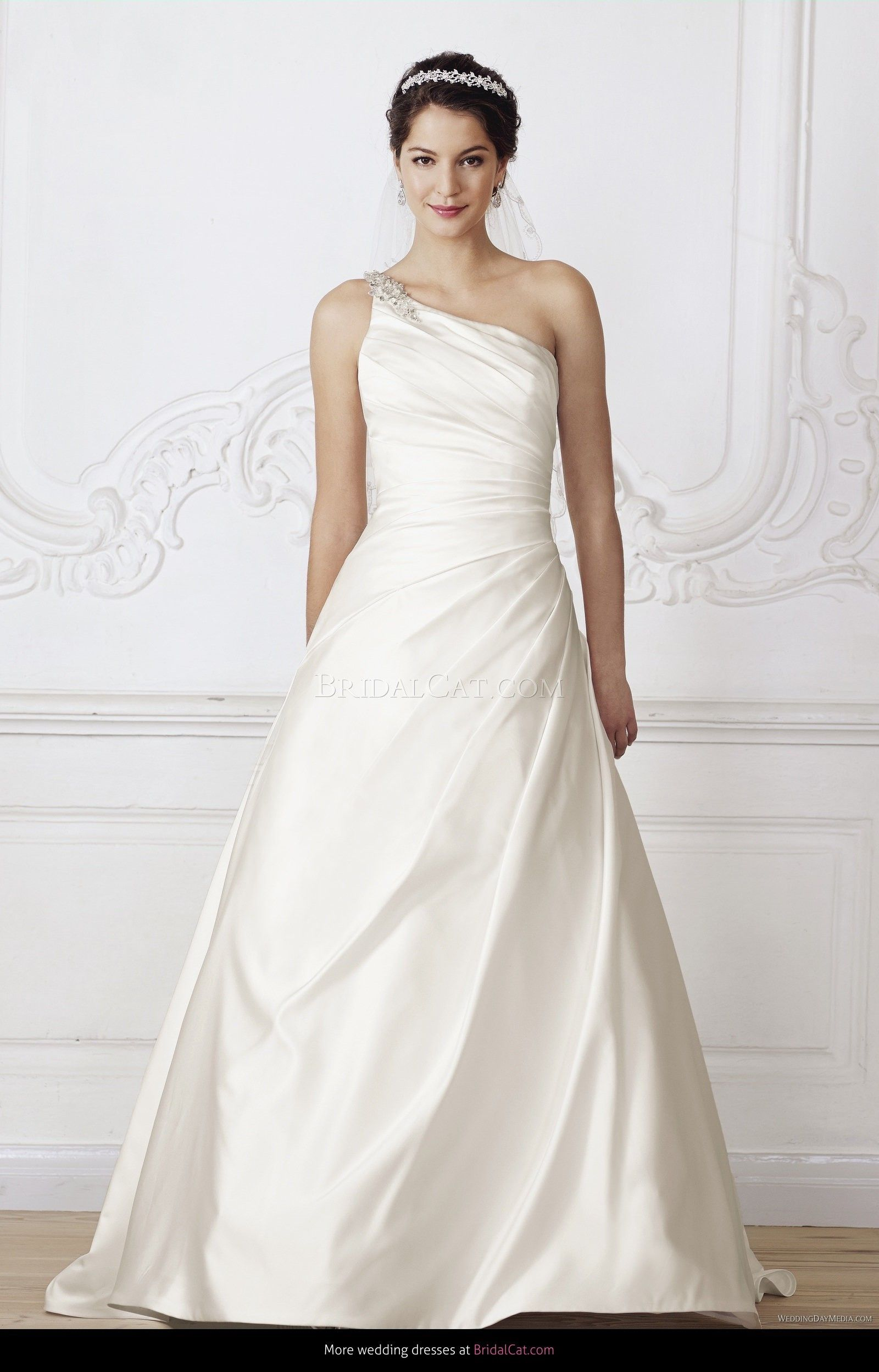 Lilly cr lilly designer wedding dresses