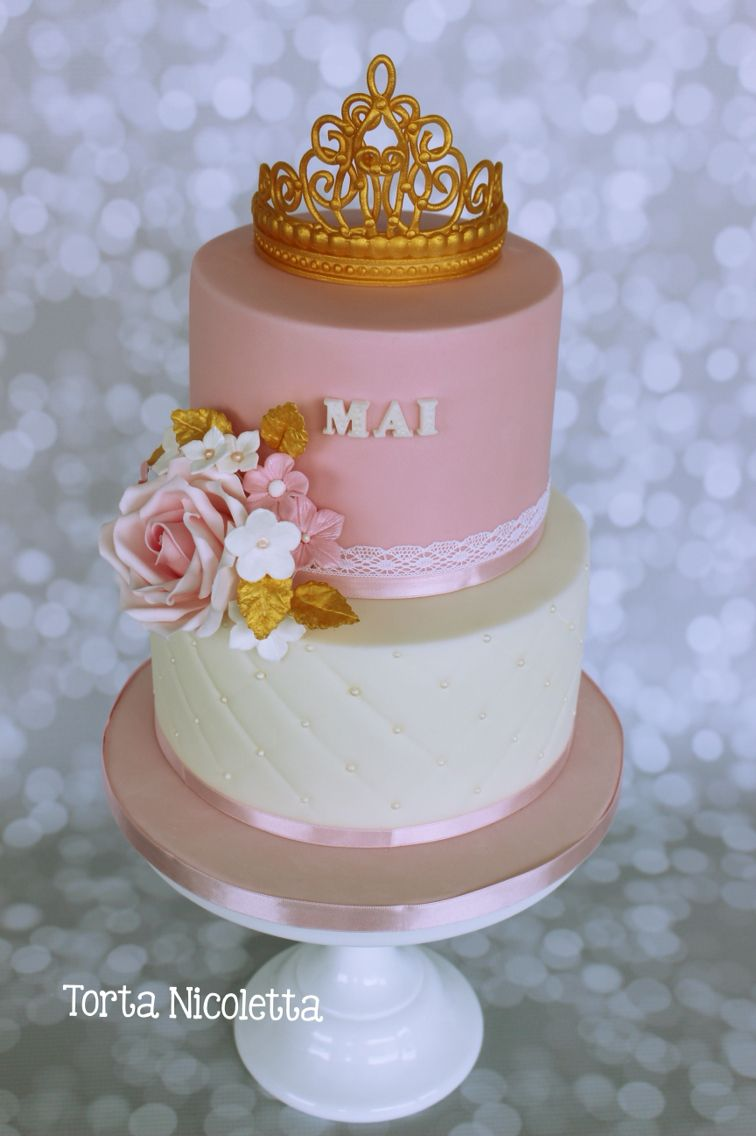 Crown, roses celebration cake