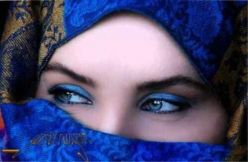Pin By Sultan Al Malki On Women Woman With Blue Eyes Beautiful