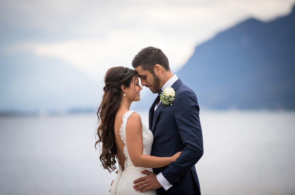 Naik Et Shahin Mariage Octobre En Lavaux Suisse Belle En Blanc Robe De Mariee Lausanne Geneve Fribourg Valais Mariage Octobre Mariage Robe De Mariee