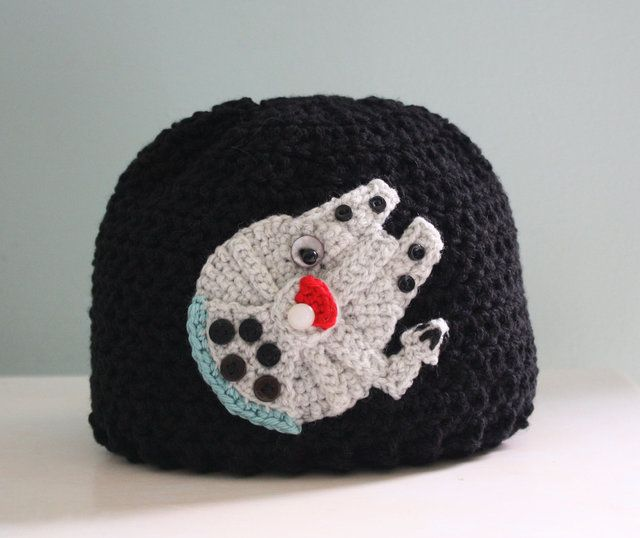 Star Wars-Themed Crocheted Hats, Mittens, and Lightsabers | Lana ...