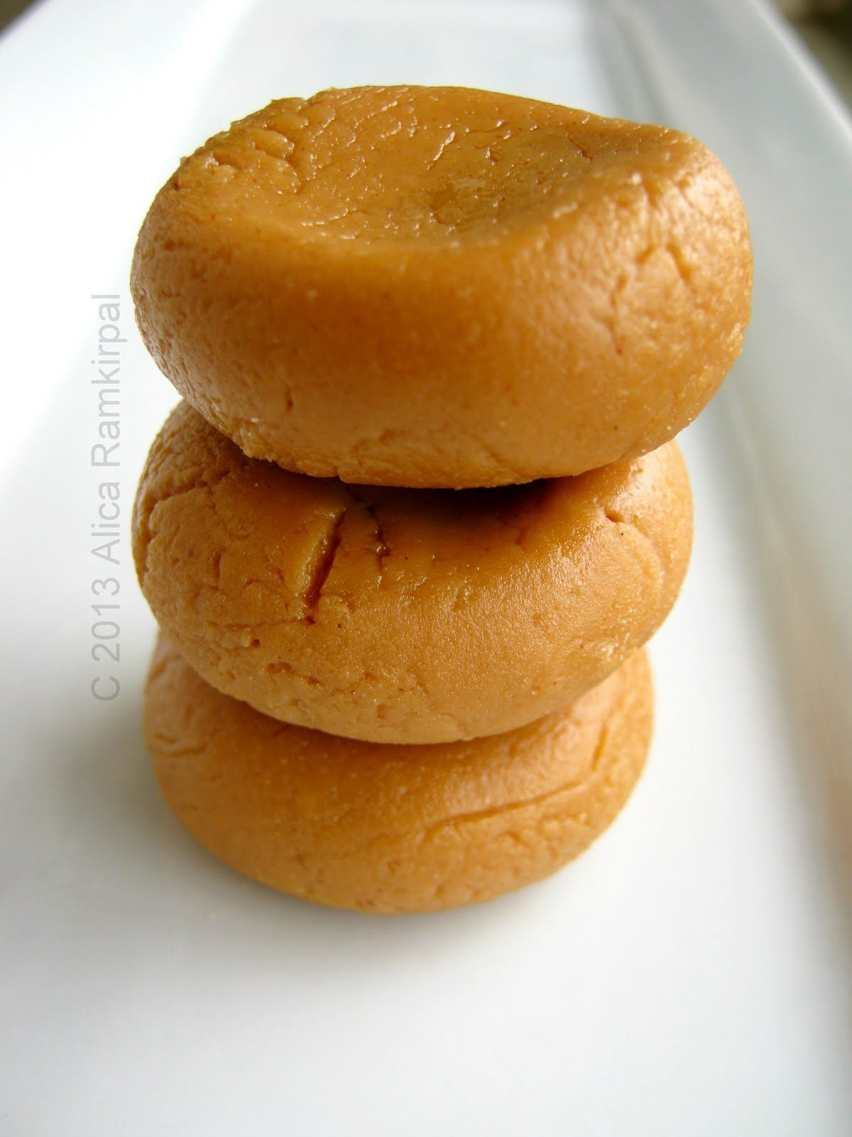 Peera X2f Pera Is A Variation Of An Indian Milk Sweet Known As Peda I Say Variation Because The Version I 39 Ve Seen Made In Guyan Recipes Food Peda Recipe