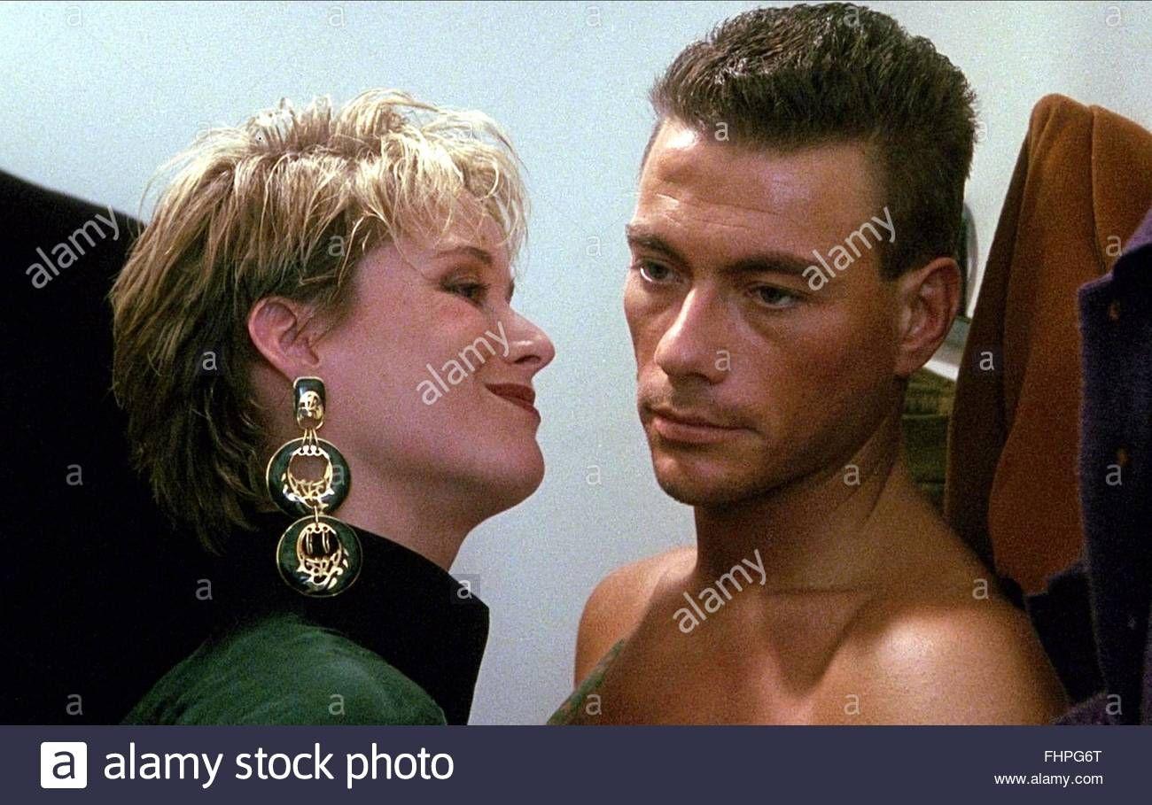 Lionheart. 1990. Theatrical. Cut. 720p. Bluray. H264. Aac-rarbg torrent.
