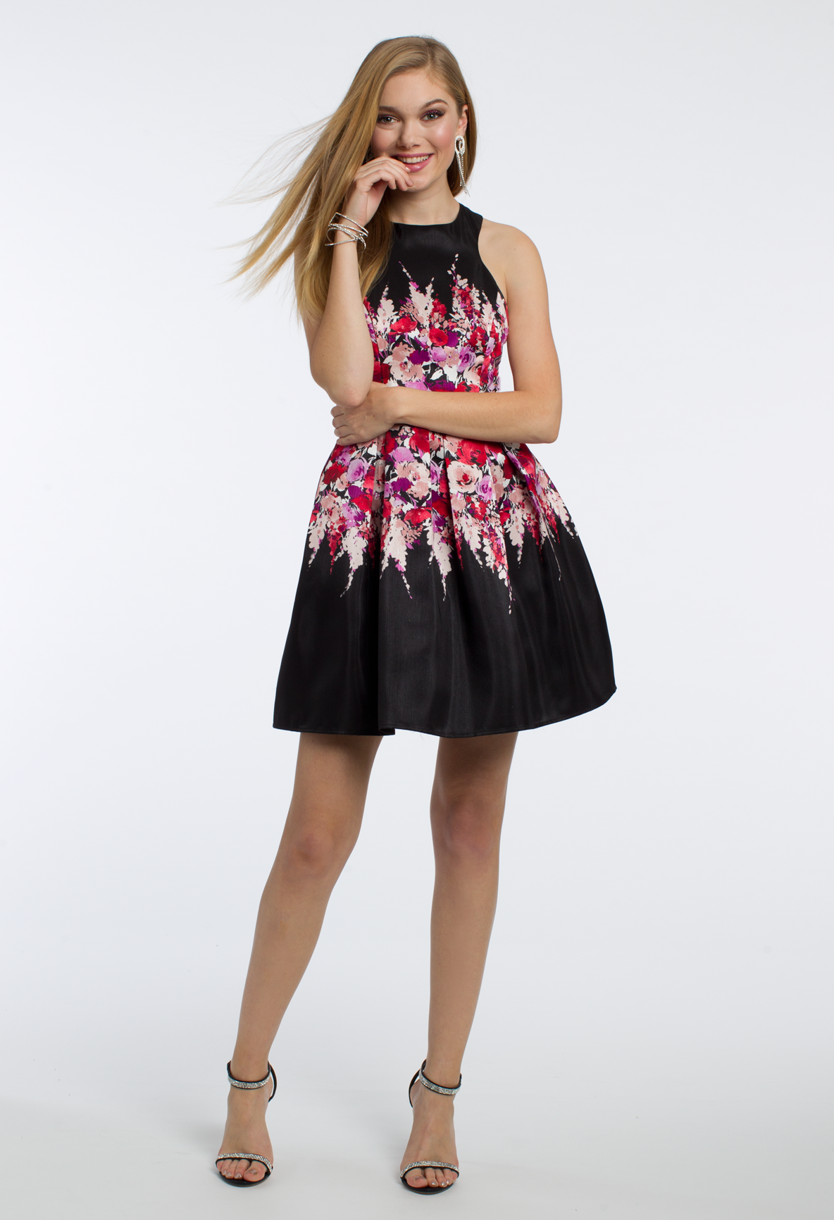 This polished cocktail dress is perfect for your next party the
