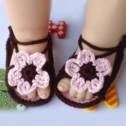 New Lovely Flower Crochet Pattern Hand Made Shoes for Baby
