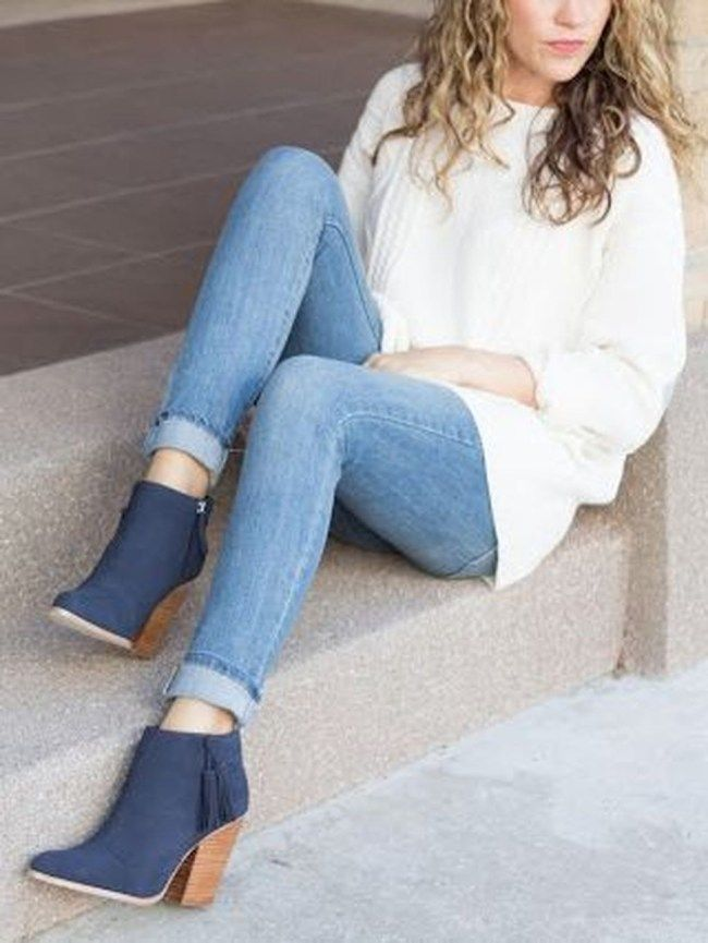 49 Delicate Winter Outfits To Copy Right Now Botines Azules Mujer Botas Azules Mujer Look Con Botines