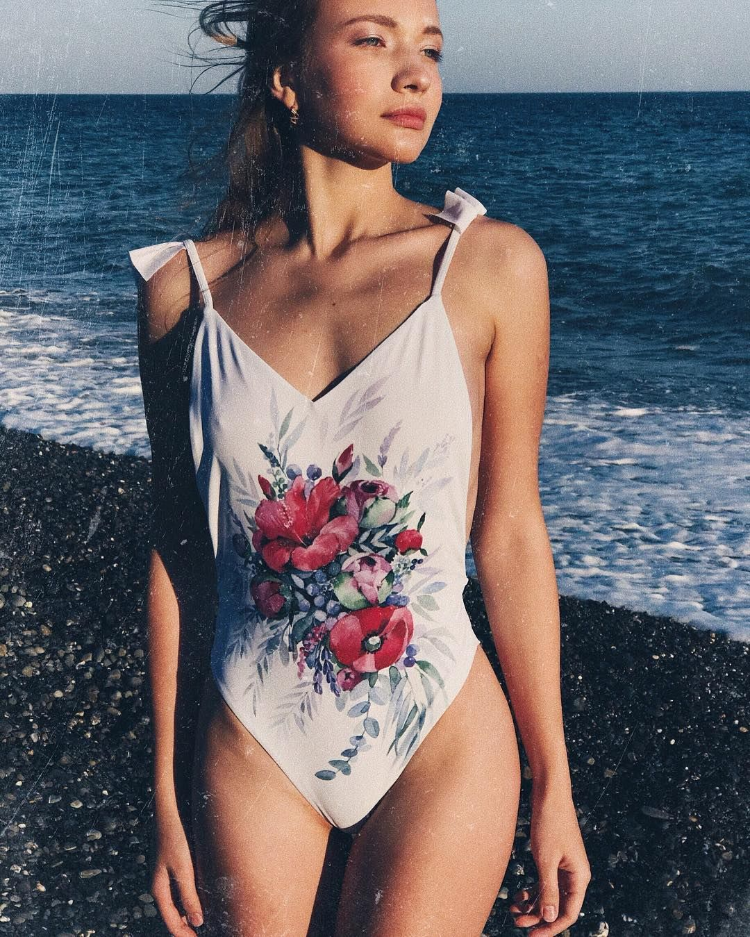 "964 Me gusta, 4 comentarios - Pissaro Handmade Wear (@pissaro.swimwear) en Instagram: ""🌊🌊🌊"""