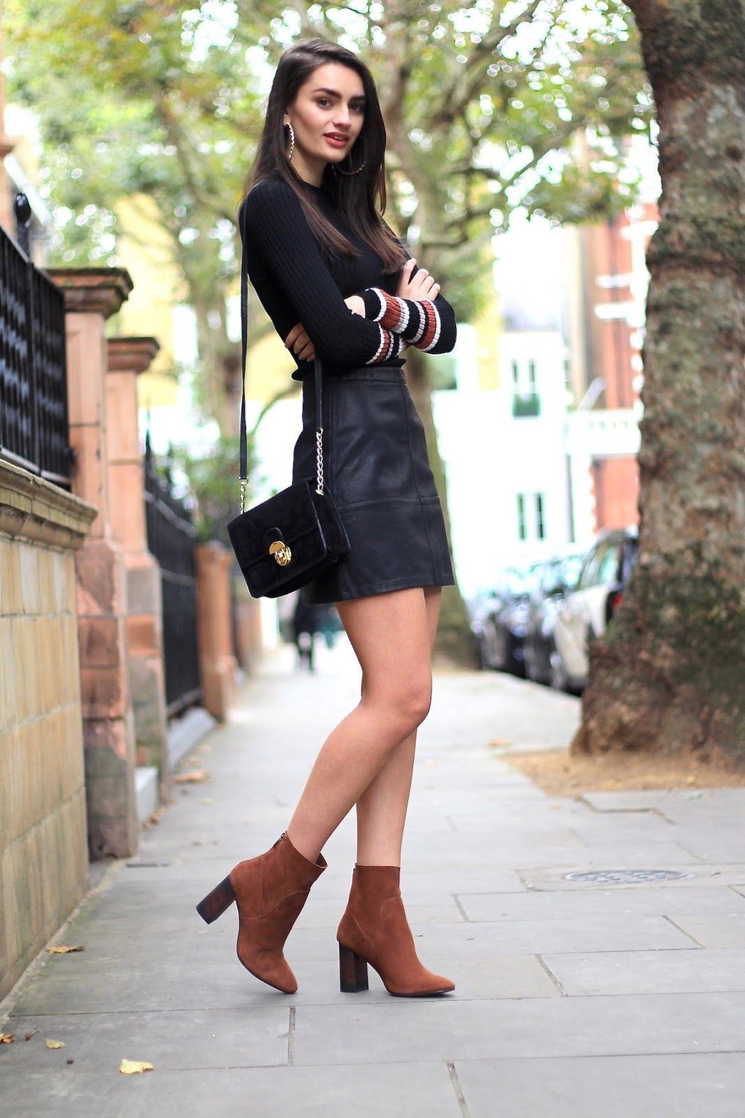 Mini Skirts And Ankle Boots Outfit Tophaarmodelle In 2021 Leather Mini Skirts Fashion Ankle Boots Dress [ 1600 x 1066 Pixel ]