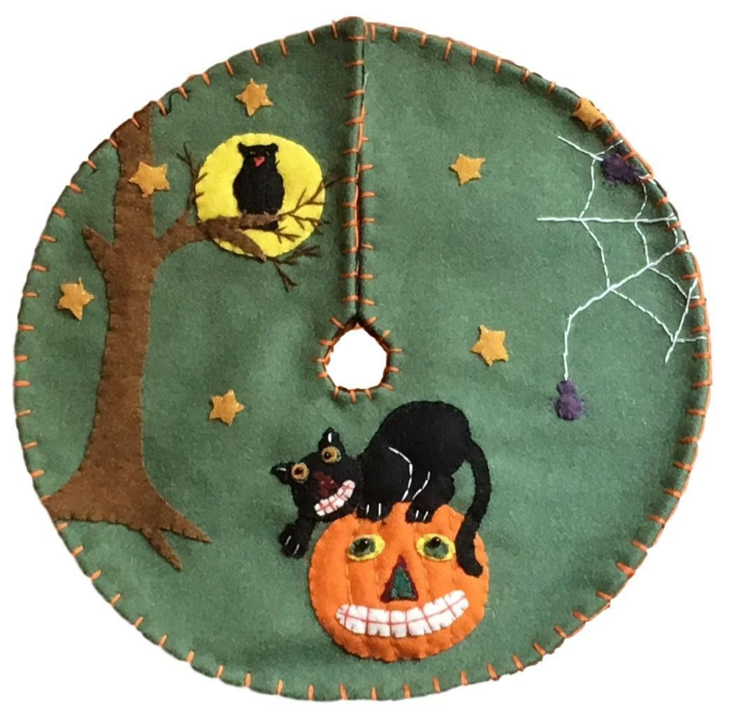 Just what you've been looking for! This handmade appliqued