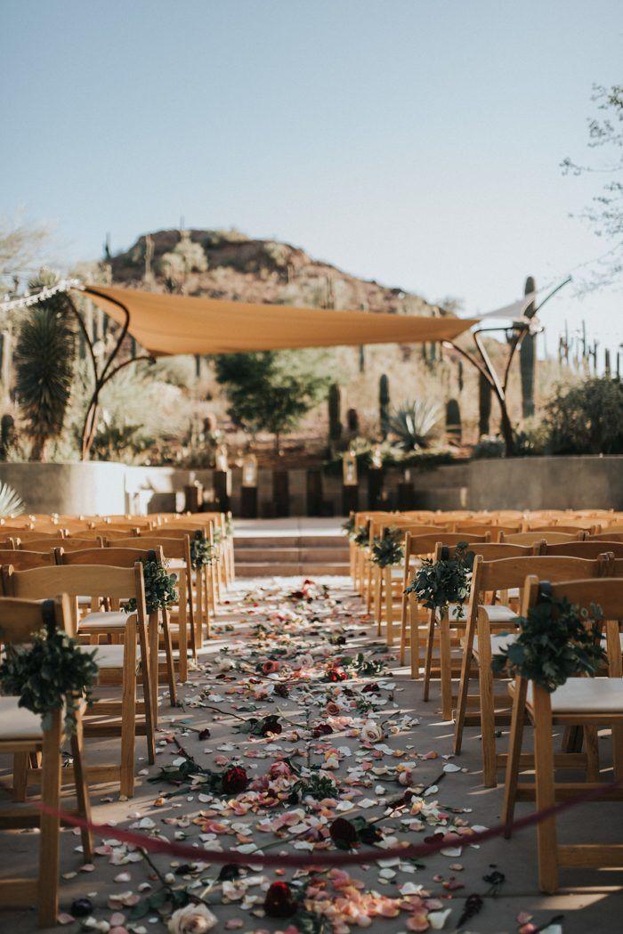 This Black, Burgundy, and Gold Desert Botanical Garden Wedding is a Total Showstopper #botanicgarden