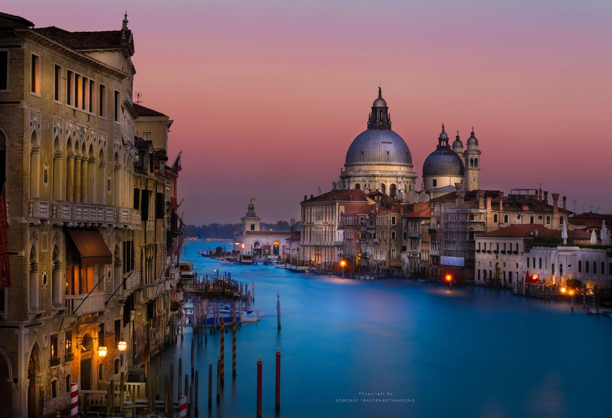 500px에서 활동 중인 Somchat Thavornvattanayong님의 사진 Venice at dawn