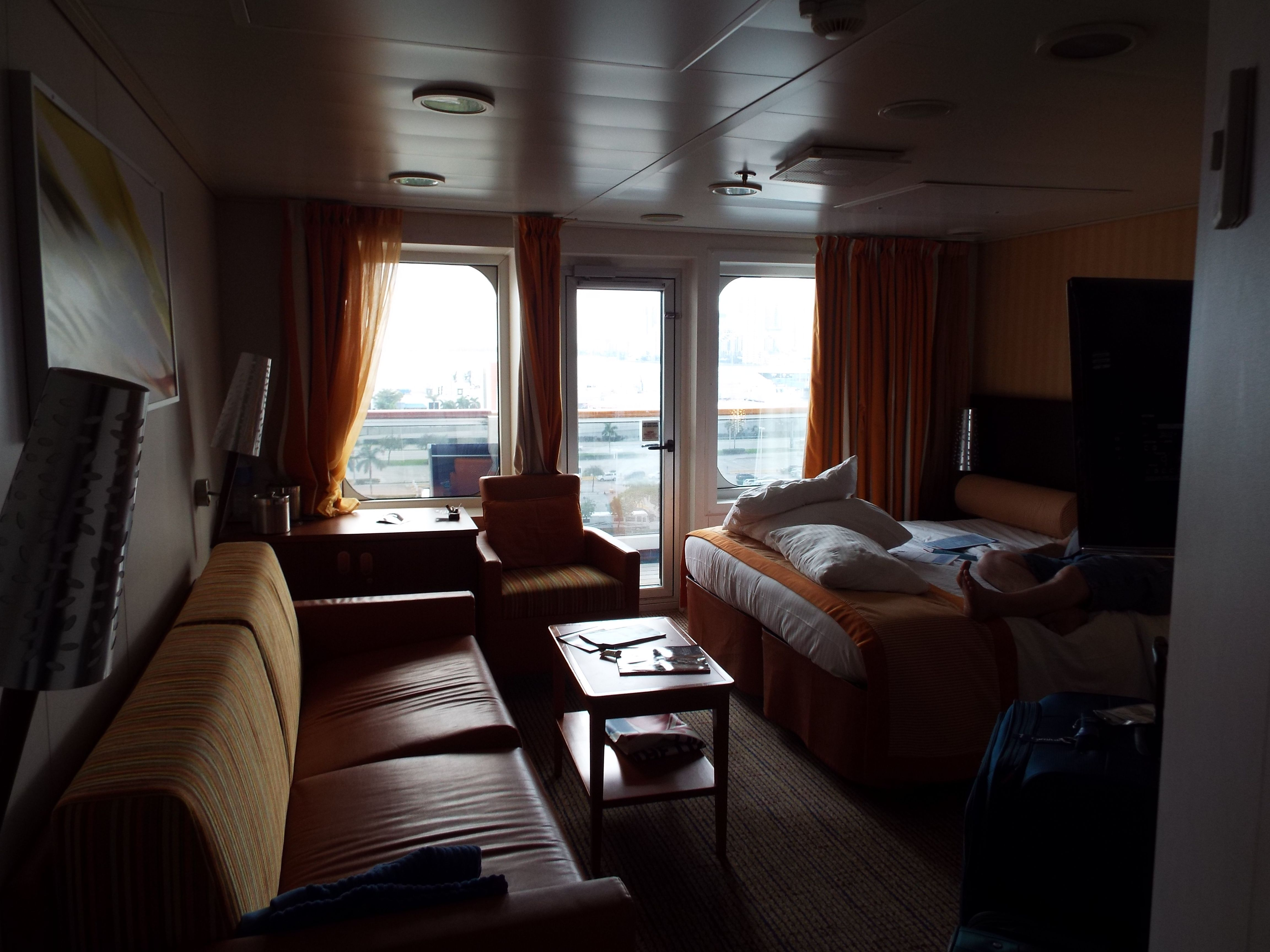 Junior Suite 9205 Carnival Glory (With Images)