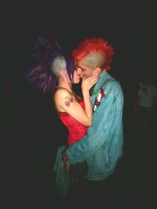 punk girl dating