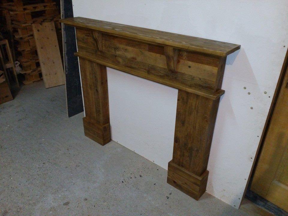 handmade-pallet-mantle-shelf.jpg 960×720 pixels