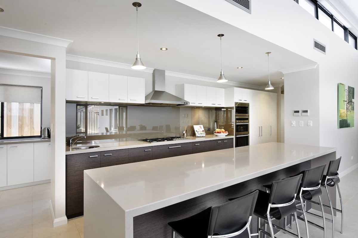 Kitchen set-up with nothing built into the island benchtop | House ...