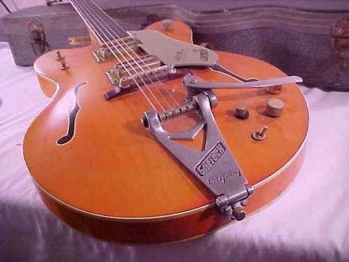1966 6120 Nashville model ! cute !