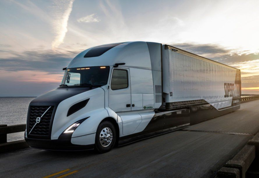 Volvo Supertruck Improves Big Rig Fuel Efficiency By A Whopping 70