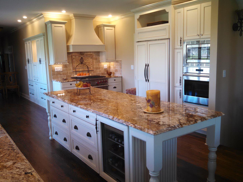 Complex Woodwork Kitchen Vanities,