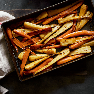 recipe: roasted parsnips and carrots with maple syrup [6]