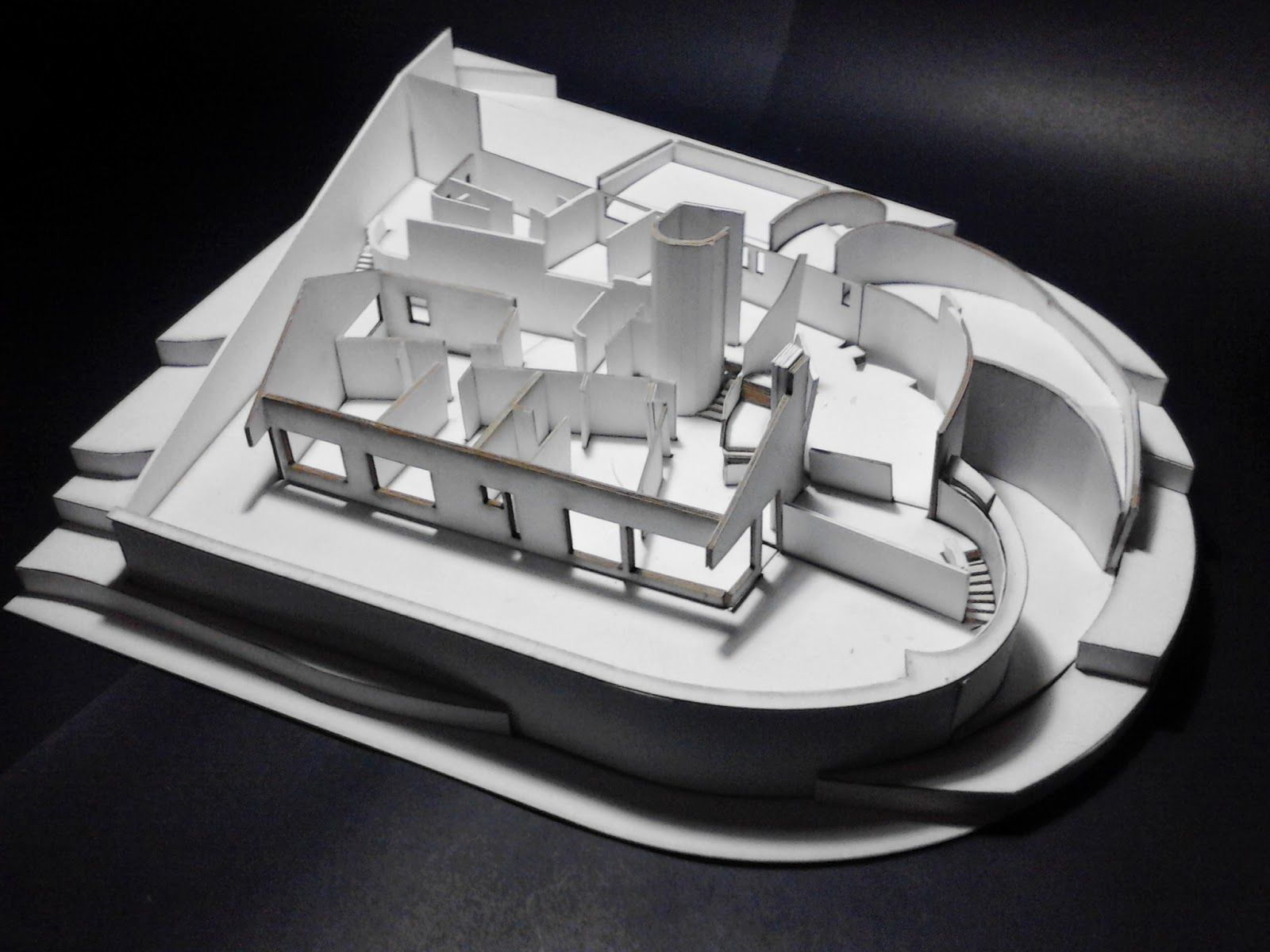 Historia de la arquitectura moderna fernando mart nez for Arquitectura moderna en colombia