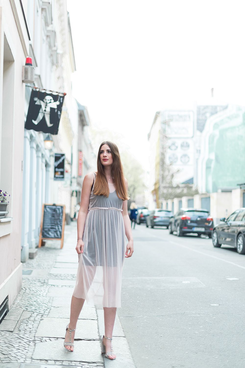 OUTFIT: Kronjuwelen und Pink Tulle | Dachs, Outfit und Frau