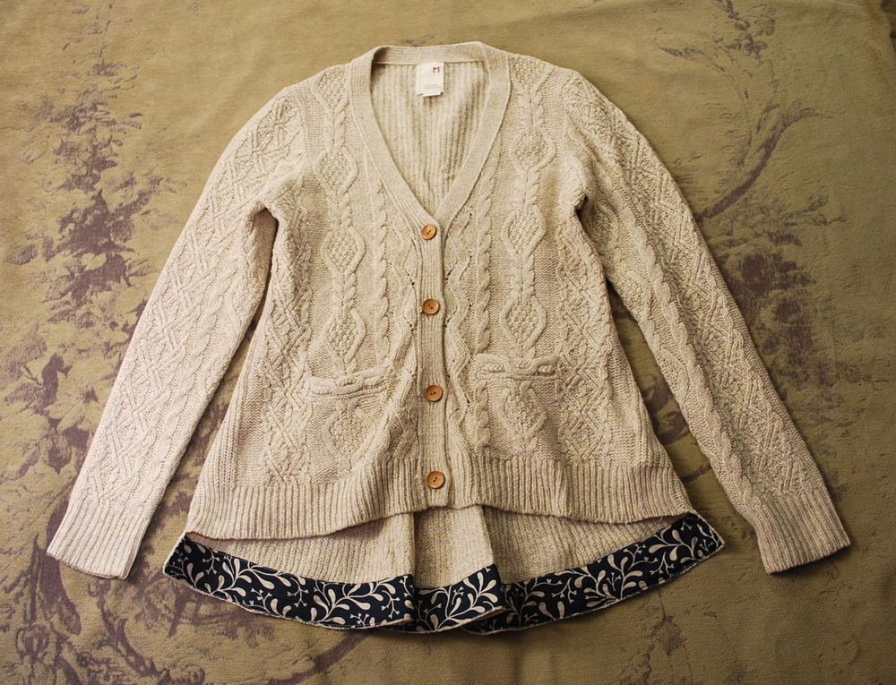Anthropologie far away from close oatmeal cable knit v-neck ...