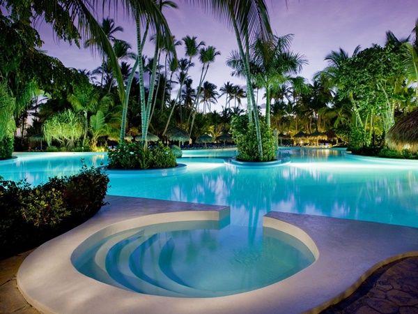 بالصور مسابح ذات تصاميم ممي زة في أجمل المنازل All Inclusive Honeymoon Best Honeymoon Destinations Honeymoon Deals