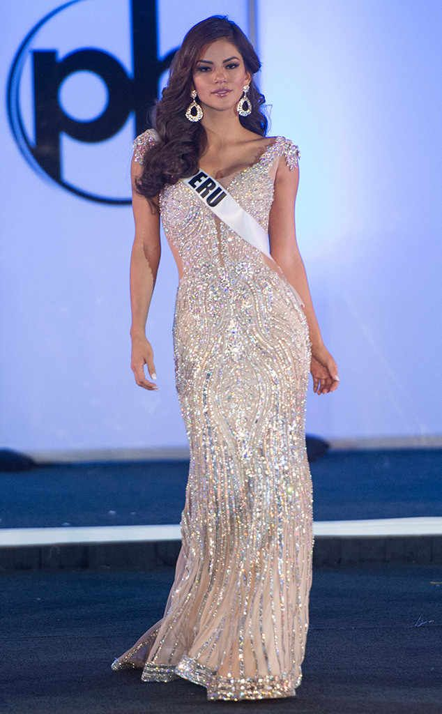 Miss Peru from Miss Universe 2017 Evening Gown Competition   Pageant ...