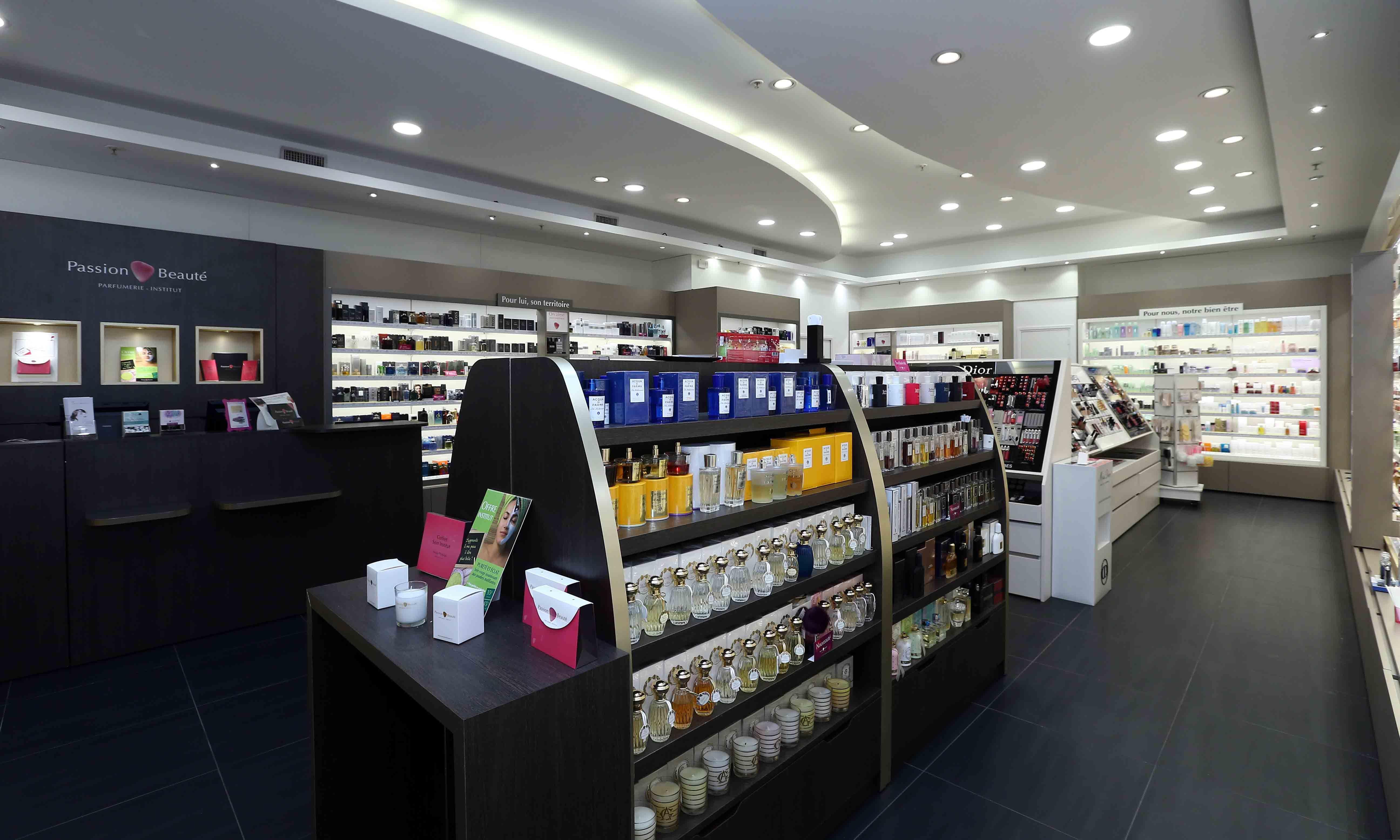 Mobilier Cosmetiques Parfumerie Passion Beaute Inspirations