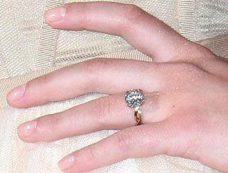 Scarlett Johanssons former engagement ring Celebrity Engagement