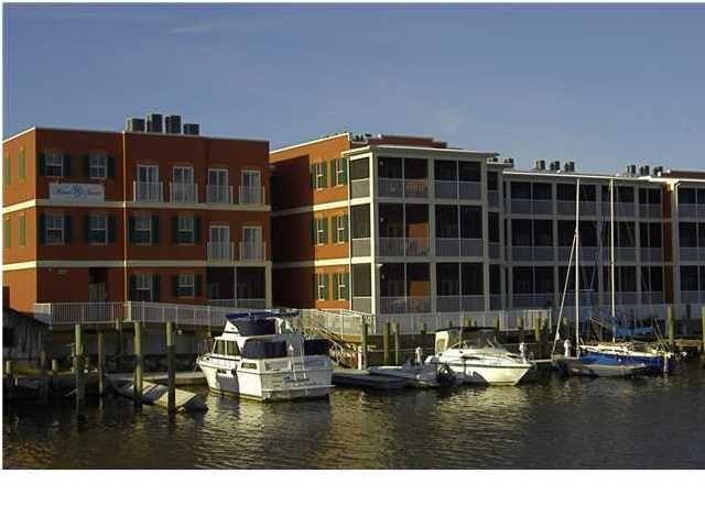 Water Street Hotel In Apalachicola Florida