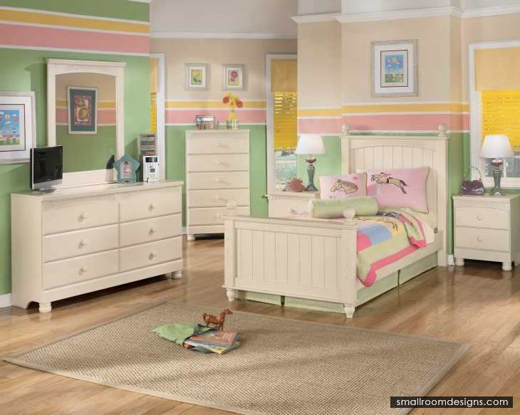 Boys Bedrooms Sets Decoration Ideas With Cool Laminate Floor Design - http://www.smallroomdesigns.com/small-home-design/boys-bedrooms-sets-decoration-ideas-with-cool-laminate-floor-design.html