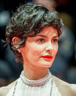 How Can I Style My Short Hair More Curly Like Audrey Tautou Short Wavy Pixie Short Curly Haircuts Curly Hair Styles