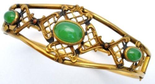 Chrysoprase-Hinged-Bangle-Bracelet-Victorian-Gold-Filled-Signed-HCC-Co-Antique