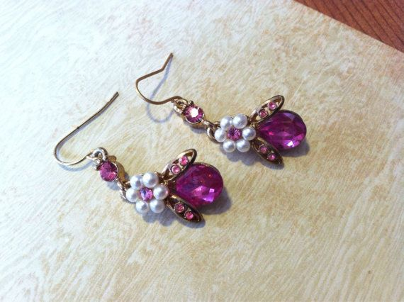 Retro Style Pink Bee Earrings by SantaCruzSeraph on Etsy