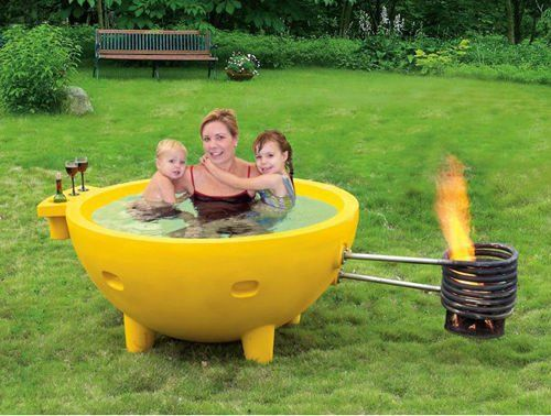 Round wood fire outdoor spa fiberglass hot tub garden hot for Fiberglass garden tub