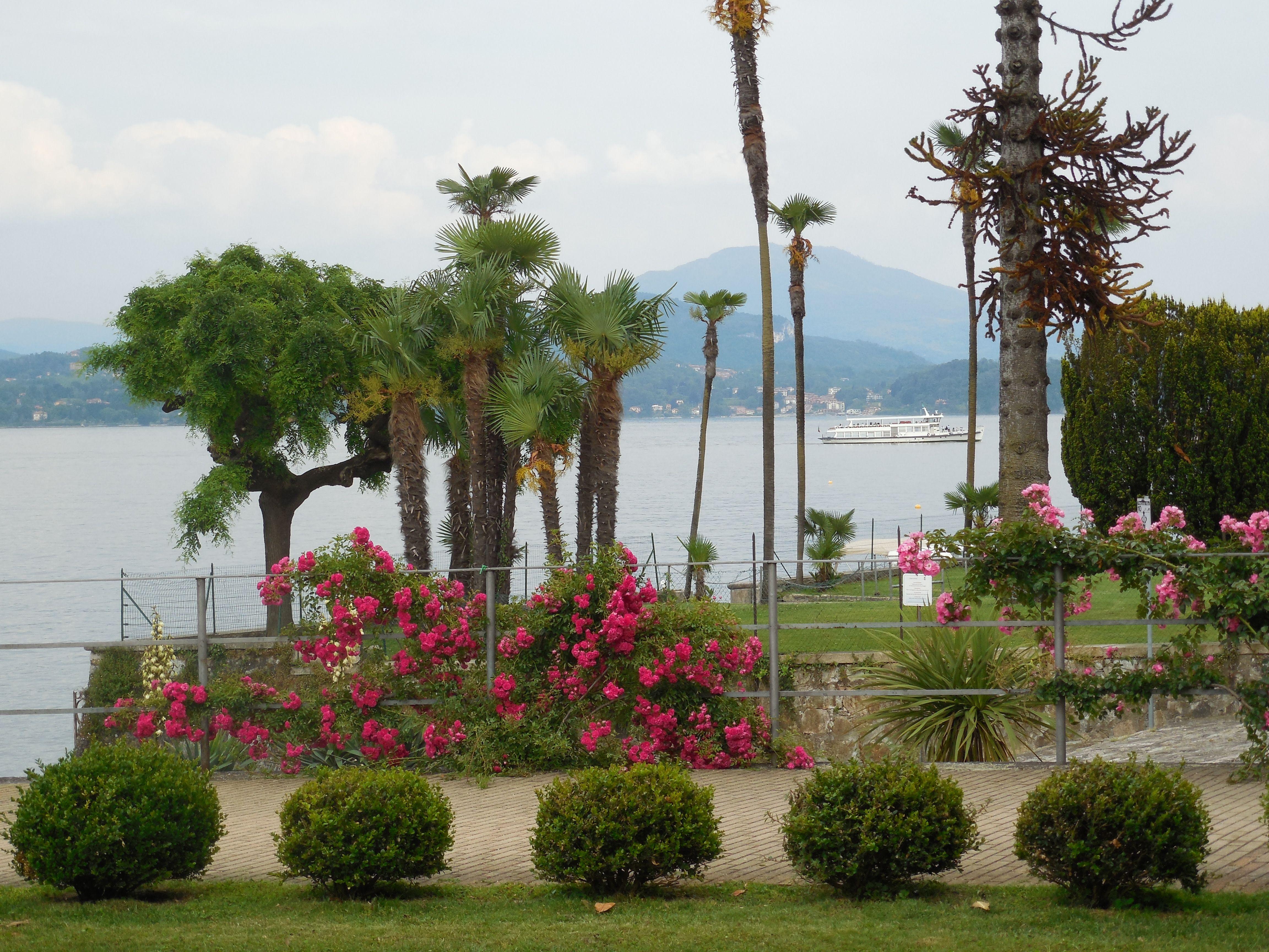 Stresa Promenade On Lago Maggiore June 2014 Cities In Italy Italy Travel Tourist Destinations