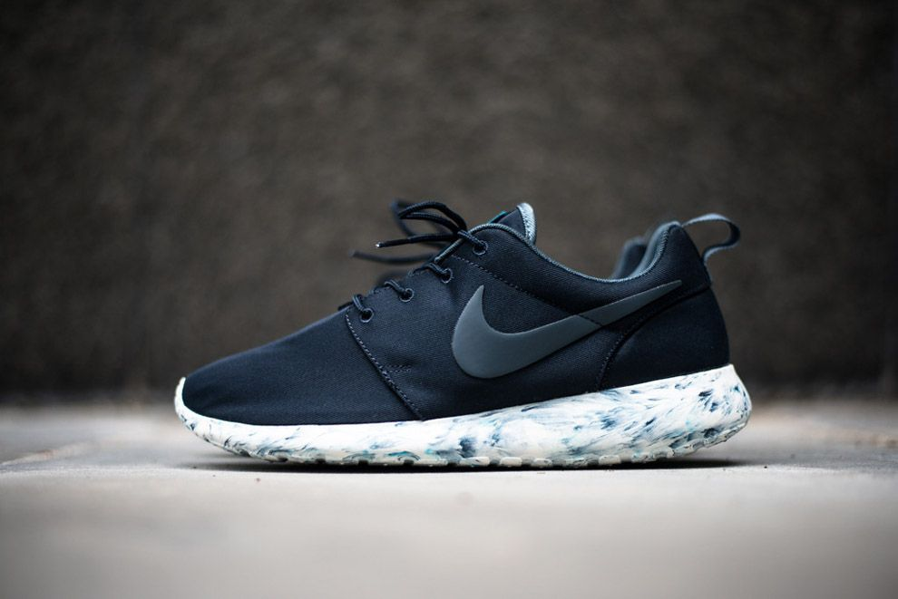 Men's Nike Rosherun Roshe Run QS Marble Pack Dark Obsidian Armry Blue Sneakers : B54w4456