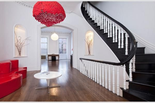 for sale on Lexington Ave in Manhatta...saw this pic and remembered this room from a dream I had years ago!