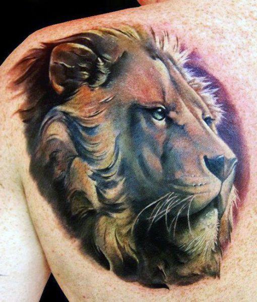 Tatuaże Męskie Lew Na Plecach Tattoo Pinterest Lew Tatuaże