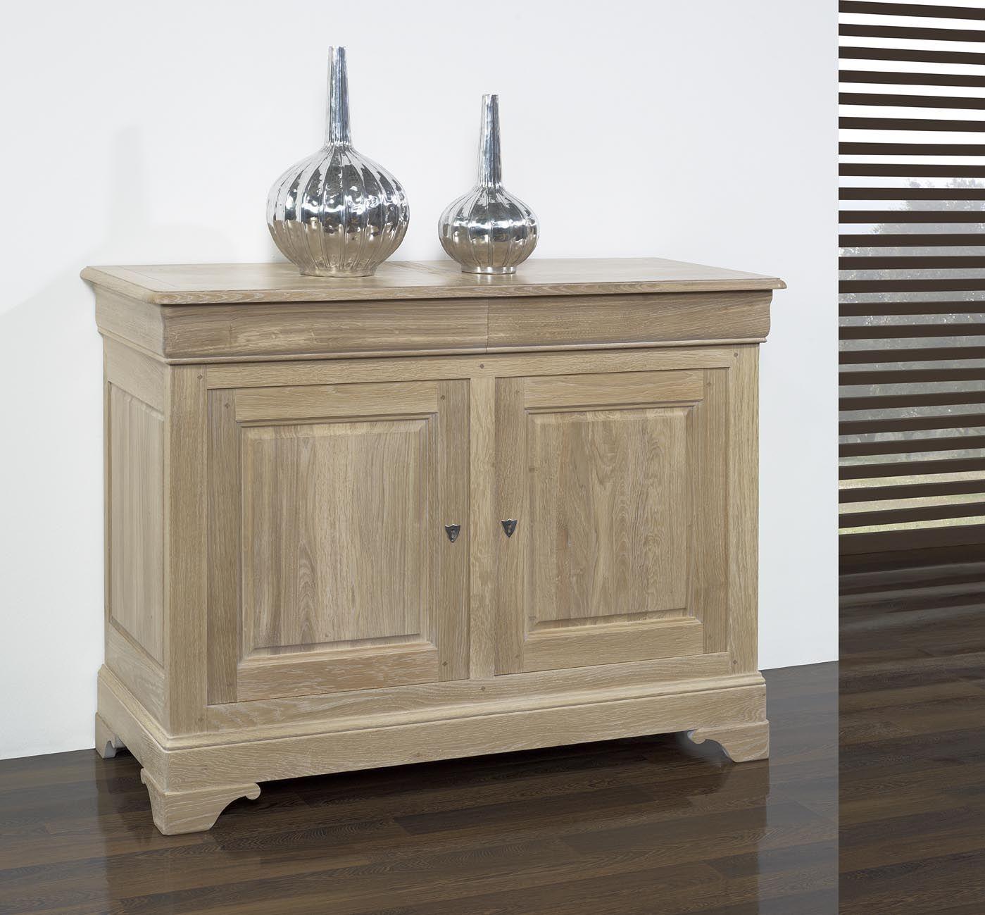 buffet 2 portes 2 tiroirs en ch ne massif de style louis. Black Bedroom Furniture Sets. Home Design Ideas
